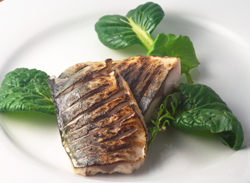 What is the best method to cook mackerel a blowtorch for How to cook mackerel fish