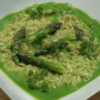 asparagus risotto with pea puree