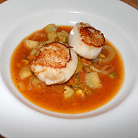 SEARED SCALLOPS WITH FISH SOUP, FENNEL AND POTATOES